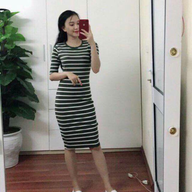 Váy body mango