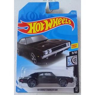 Xe mô hình Hot Wheels '69 Dodge Charger 500 FYC18