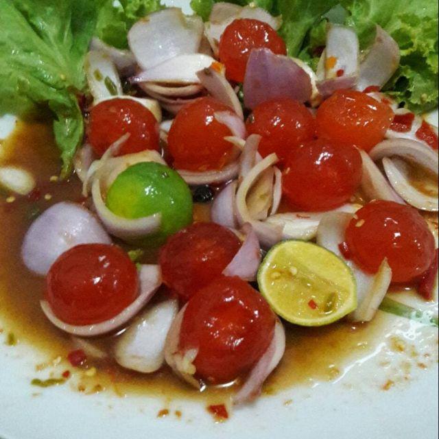 ยำไข่แดงเค็ม (น้ำยำปลาร้า) รสเด็ด