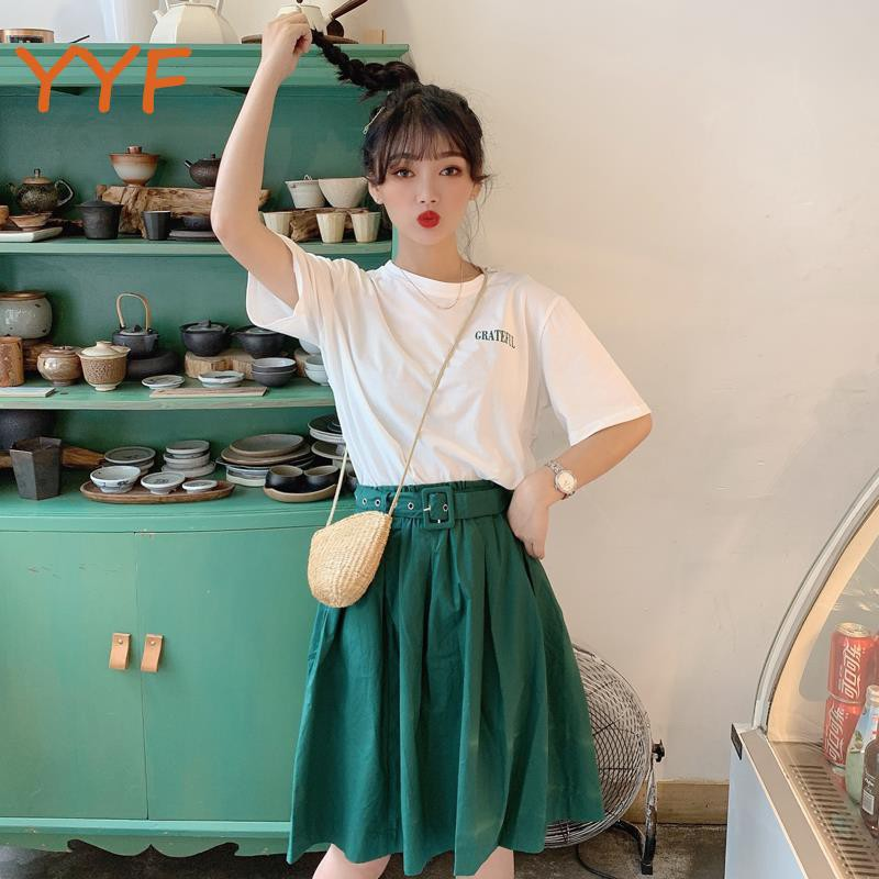 YF Summer Korean loose lace T-shirt pleated half-length trousers skirt red set French Hepburn two-piece female temperame