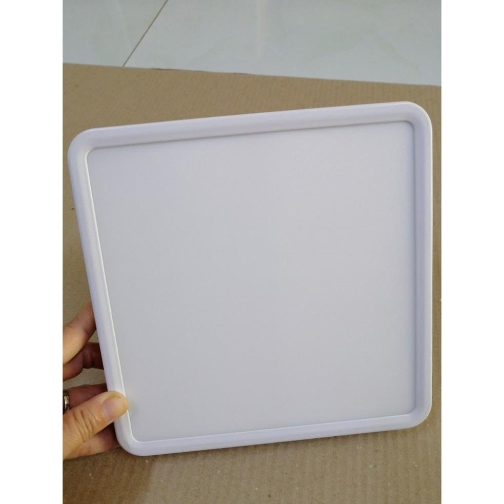 Đèn led ốp trần 18w vuông ánh sáng trắng