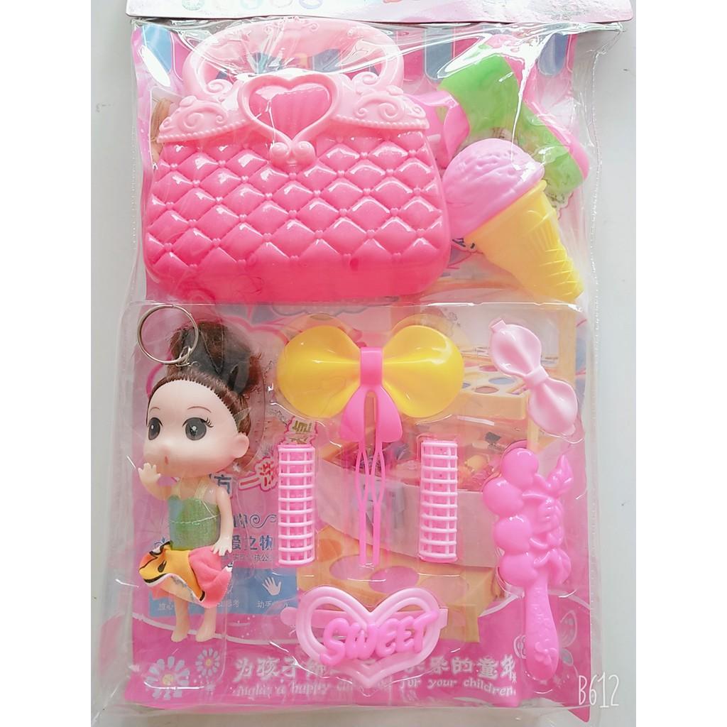 [HÀNG ĐẸP GIÁ RẺ]đồchơi cho bé – Vỉ túi đồ chơi trang điểm kèm búp bê cho bé yêu