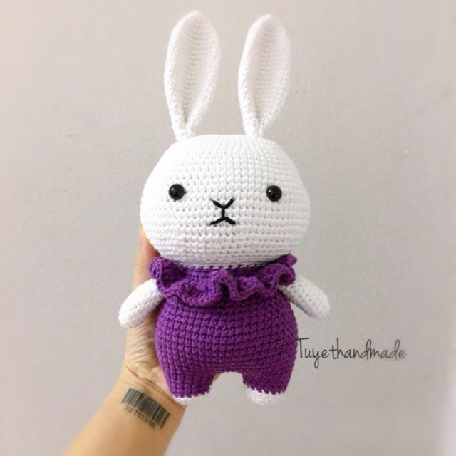 Thỏ móc len handmade – thỏ chân ngắn thú bông