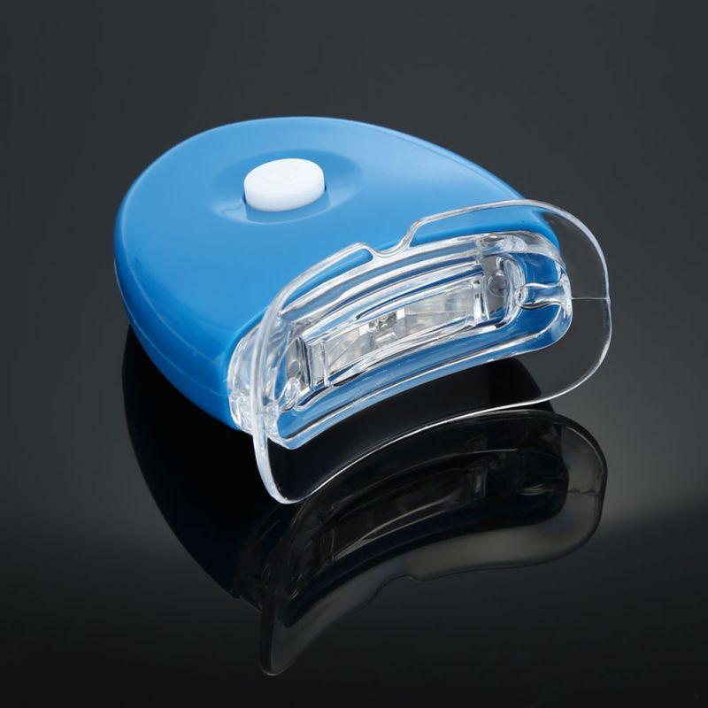 Đèn LED làm trắng răng tiện dụng