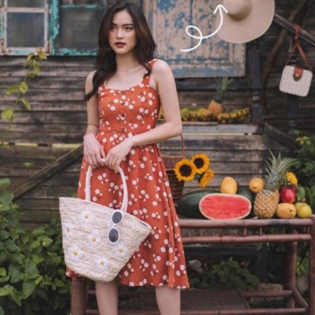 Váy lép đỏ size M