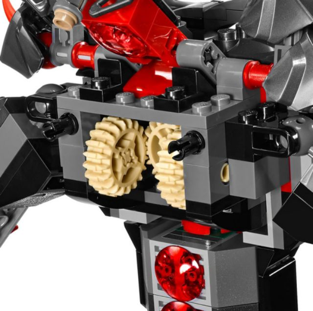 Sự Khởi Đầu Của Đế Chế Sắt LEGO NINJAGO 70626 (704 Chi Tiết)