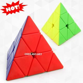 Rubik tam giác 3x3x3 Pyramid Cube cho đấu giải. Rubik tam giác xoay trơn, không kẹt, không rít.