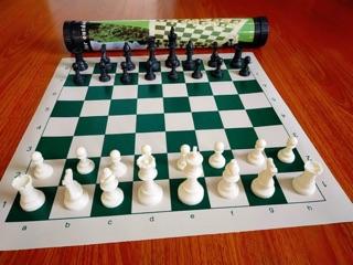 Siêu Phẩm Cờ Vua Ống Cao Cấp gồm 4 Hậu