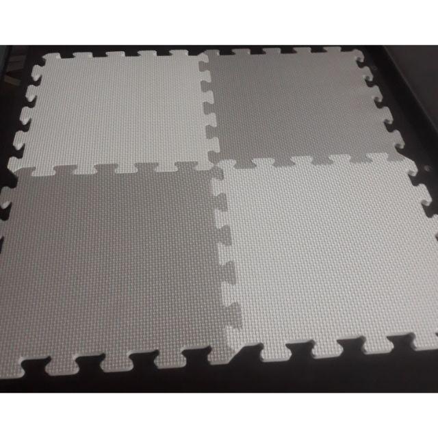 Set 20 miếng xốp 2 màu xám và trắng (có viền)30x30x1cm