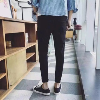 101/Size : 27-34. Quần jeans nam rách gối