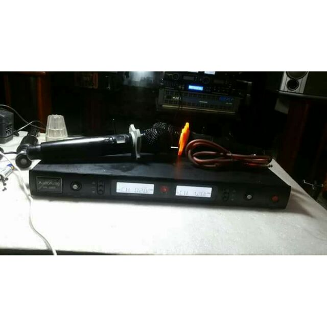 Micro không dây Audioking MK3900