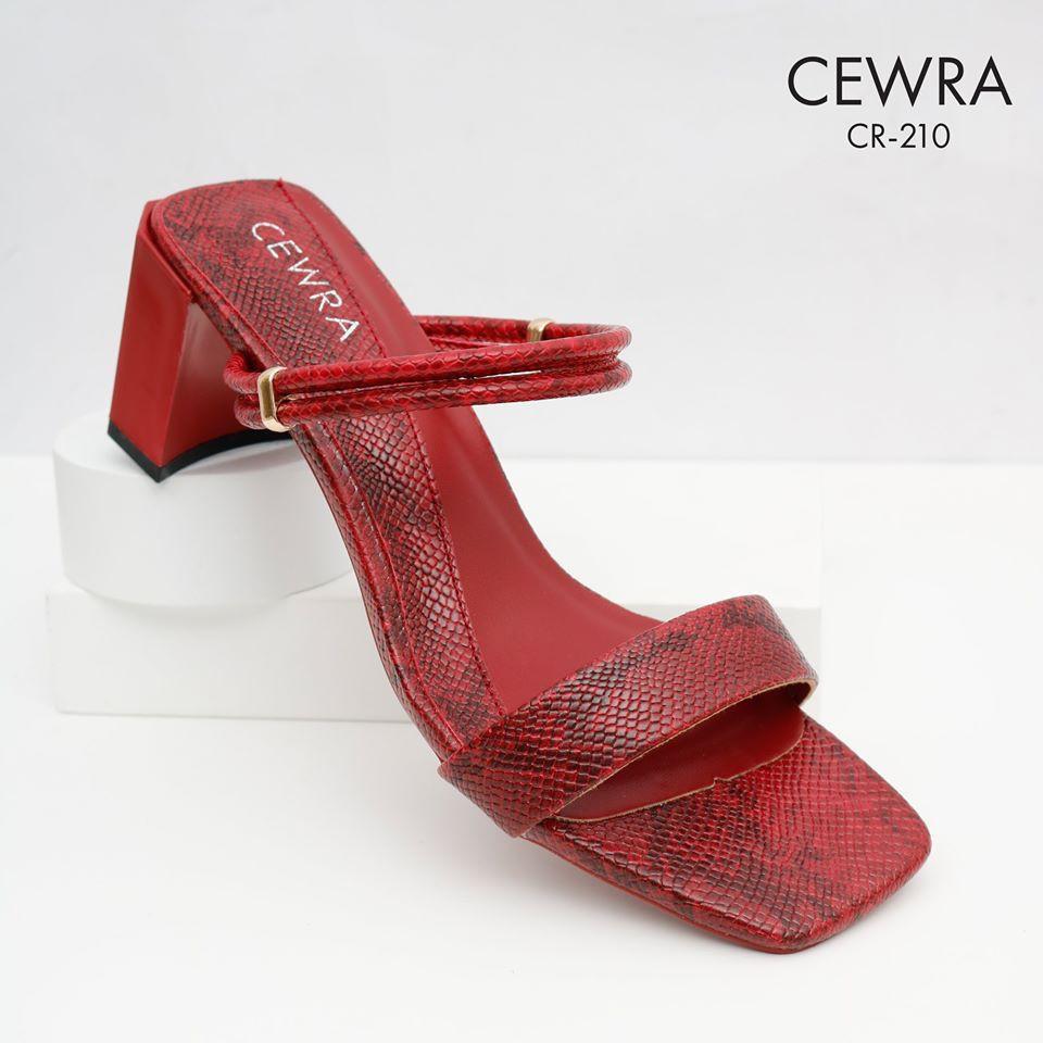 Guốc thời trang 5 phân Cewra C
