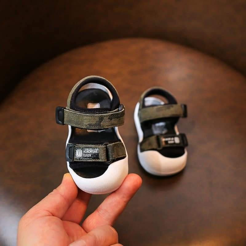 Dép sandal bé trai bé gái ❤️FREESHIP❤️ Dép sandal đế cao chống vấp cho bé trai bé gái chất cao su non mềm mại êm chân
