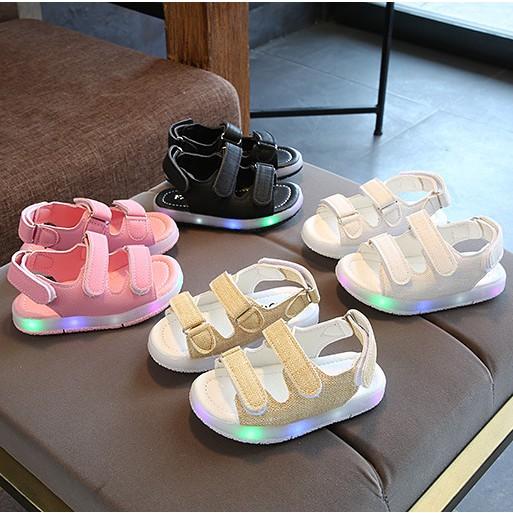 Giầy sandal tập đi cho bé trai bé gái có đèn led 3 GTTCBTBG