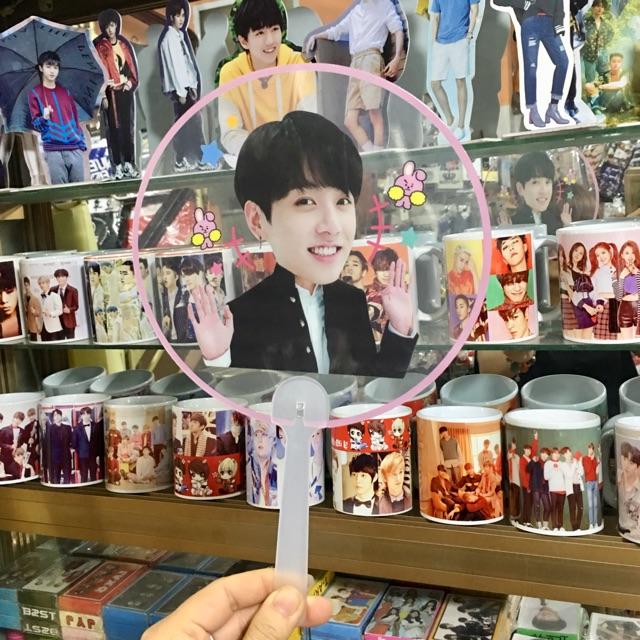 Quạt trong mica trong suốt JUNGKOOK BTS hàng nhập loại đẹp