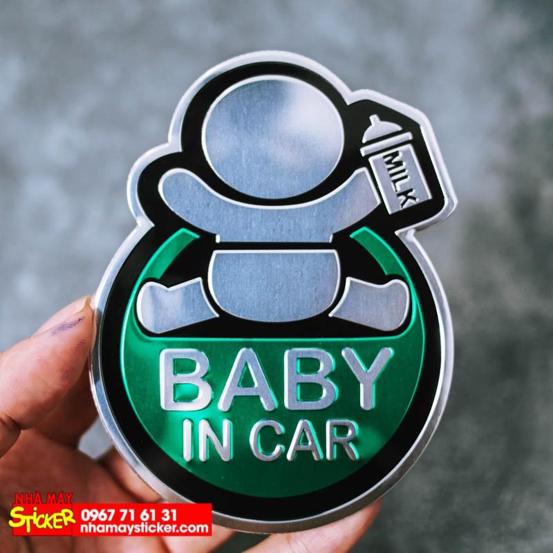 Sticker hình dán metal Baby in car - Màu xanh lá