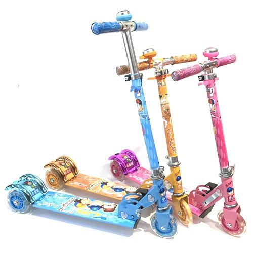 Xe trượt scooter 3 bánh phát sáng, có chuông cho bé - 2718581 , 476524652 , 322_476524652 , 159000 , Xe-truot-scooter-3-banh-phat-sang-co-chuong-cho-be-322_476524652 , shopee.vn , Xe trượt scooter 3 bánh phát sáng, có chuông cho bé