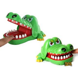 Khám Răng Cá Sấu Cực Thú Vị