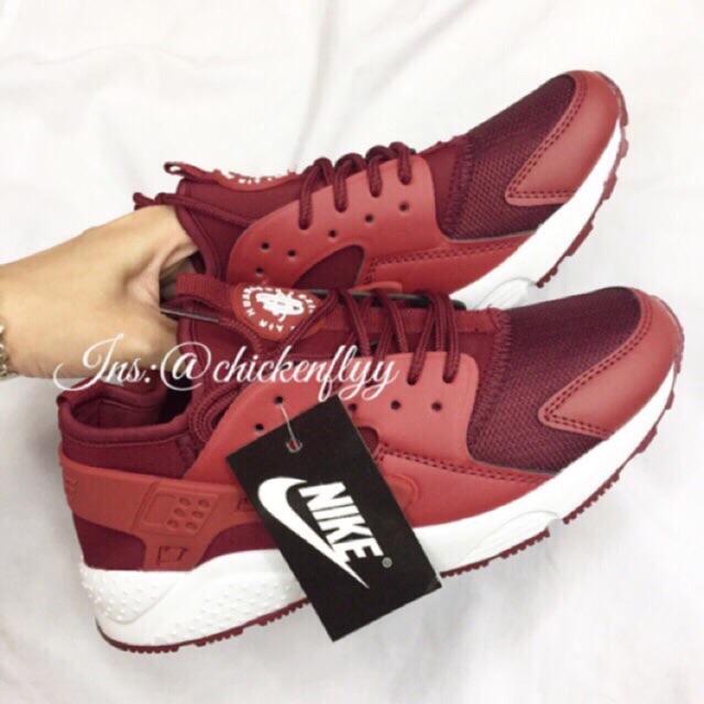 Giày HUARACHE nữ đỏ đô và đỏ tươi (sẵn hàng, khách đặt shop gửi ngay và luôn) - 2587878 , 435688682 , 322_435688682 , 200000 , Giay-HUARACHE-nu-do-do-va-do-tuoi-san-hang-khach-dat-shop-gui-ngay-va-luon-322_435688682 , shopee.vn , Giày HUARACHE nữ đỏ đô và đỏ tươi (sẵn hàng, khách đặt shop gửi ngay và luôn)