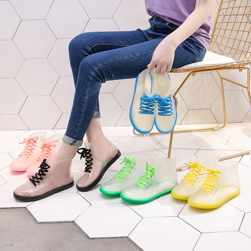 giày bốt trong suốt thời trang