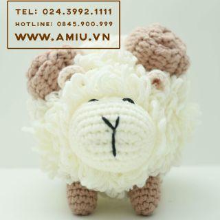 Thú nhồi bông bằng len – Cừu handmade – quà tặng amigurumi cao cấp cho bé