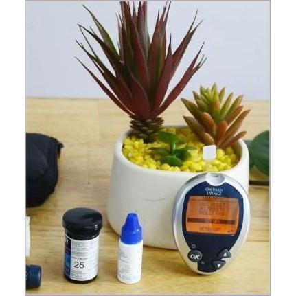 (SUPER SALE) Sản phẩm Máy đo đường huyết J&J One Touch Ultra 2 - 14275194 , 2323394257 , 322_2323394257 , 1510080 , SUPER-SALE-San-pham-May-do-duong-huyet-JJ-One-Touch-Ultra-2-322_2323394257 , shopee.vn , (SUPER SALE) Sản phẩm Máy đo đường huyết J&J One Touch Ultra 2