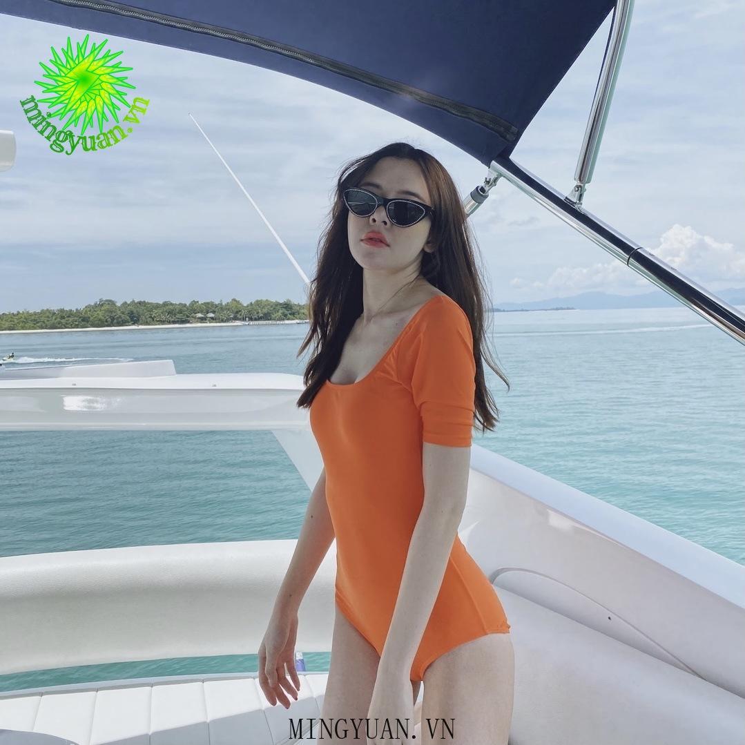 Mặc gì đẹp: Tắm biển vui với Đồ Tắm Một Mảnh Hở Lưng Phong Cách Gợi Cảm Dành Cho Nữ