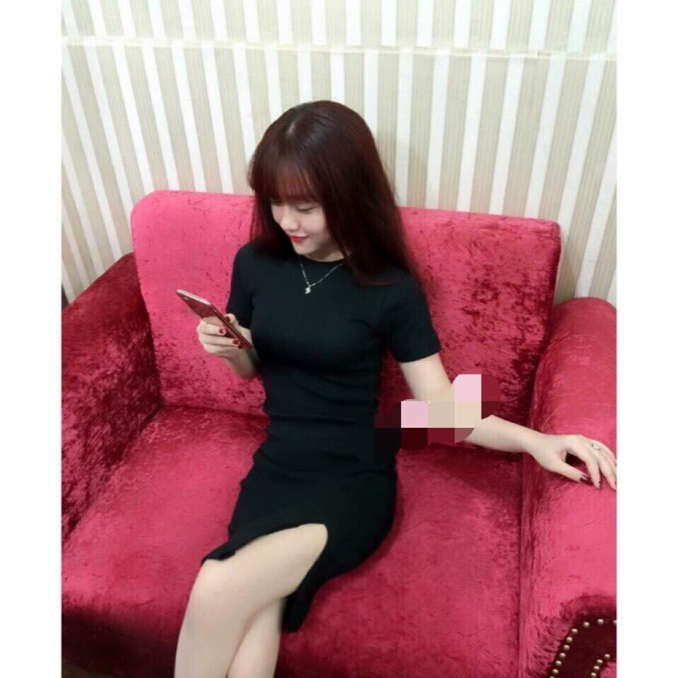 Đầm body tay ngắn xẻ tà (2 màu)