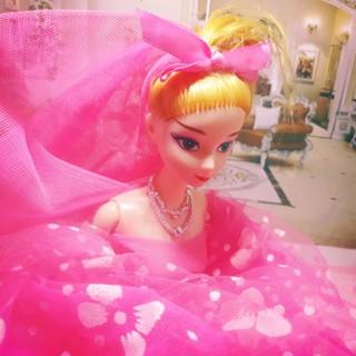 Búp bê công chúa hồng