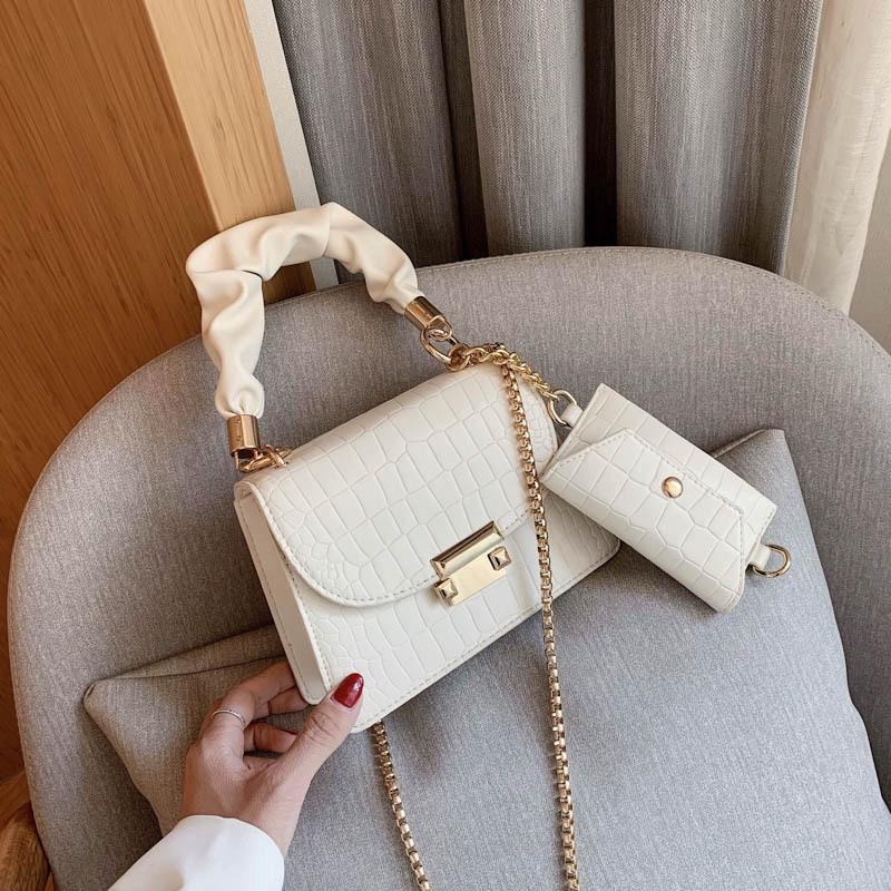 Túi đeo vai JASMIN NOIR có dây xích kích thước nhỏ gọn sang trọng cho quý cô