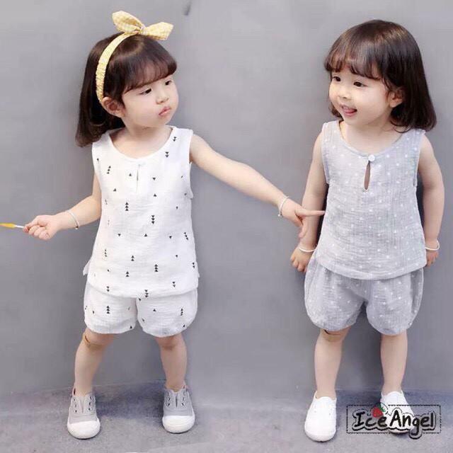 Bộ quần áo đũi xuất Hàn cho bé trai/bé gái - 2685128 , 1037996229 , 322_1037996229 , 145000 , Bo-quan-ao-dui-xuat-Han-cho-be-trai-be-gai-322_1037996229 , shopee.vn , Bộ quần áo đũi xuất Hàn cho bé trai/bé gái