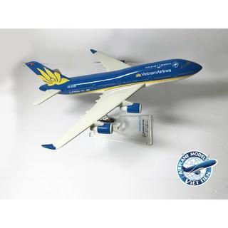 Mô hình máy bay Boeing 747-400