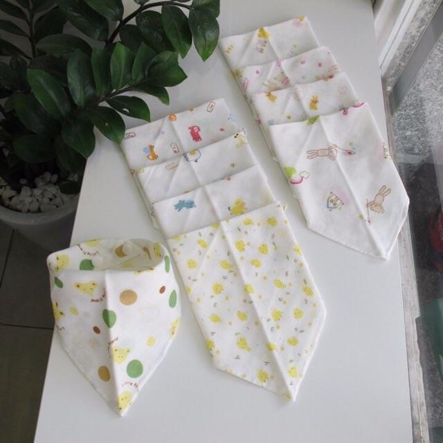 Combo 10 khăn tam giác xuất nhật quàng cổ bé sale sốc loại đẹp - 2679720 , 112139982 , 322_112139982 , 100000 , Combo-10-khan-tam-giac-xuat-nhat-quang-co-be-sale-soc-loai-dep-322_112139982 , shopee.vn , Combo 10 khăn tam giác xuất nhật quàng cổ bé sale sốc loại đẹp