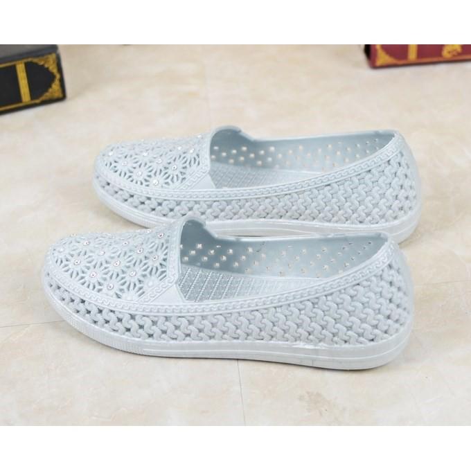 Giày nhựa đi mưa nữ - Chất liệu nhựa siêu nhẹ, êm chân