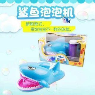 Cá mập phun bong bóng phát nhạc