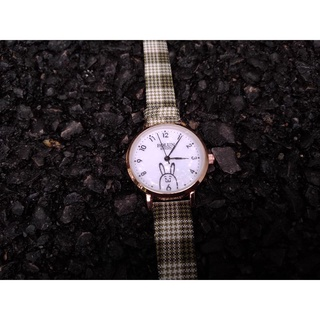 Đồng hồ nữ BOLUN thiết kế đơn giản, nữ tính và hiện đại thumbnail