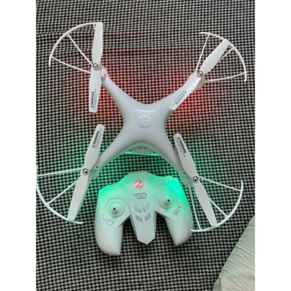 Flycam AG07 - Máy bay không người lái với độ phân giải 4K, đột phá công  nghệ tầm trung