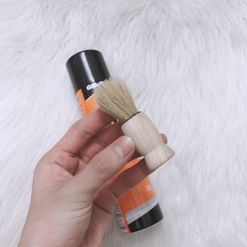 Bọt Cạo Râu Gillette - Kem Cạo Râu Chống Rát Da 300g Tặng kèm chổi quét bọt lông mặt