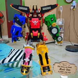 Mô hình Robot Siêu nhân hải tặc