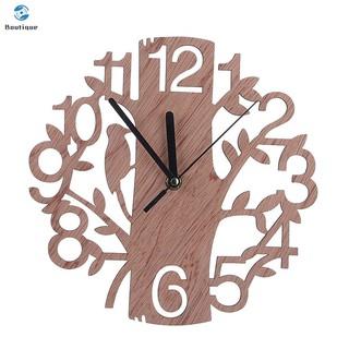 Đồng hồ treo tường bằng gỗ trang trí phòng khách