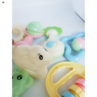 Bộ đồ chơi xúc xắc Baby Rattles Suit 8 món HÀNG CÒN TRONG KHO