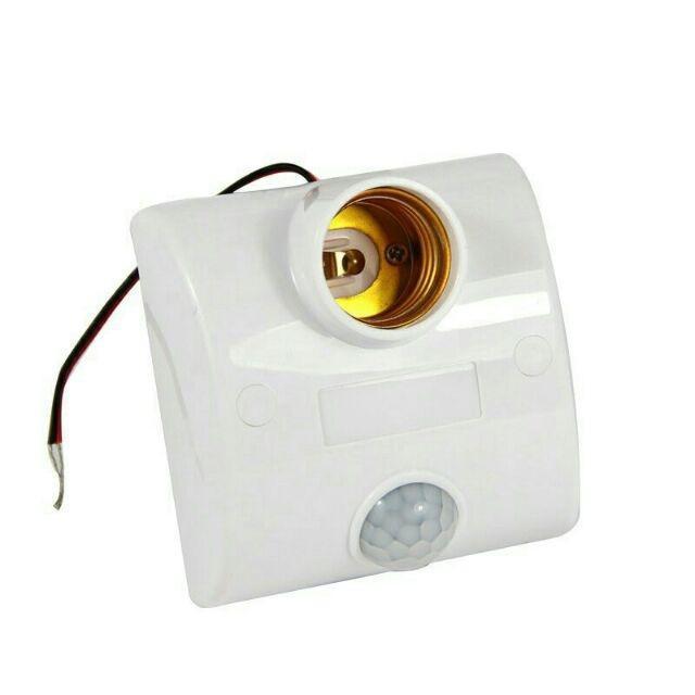 Đuôi đèn cảm ứng hồng ngoại ,tự động sáng khi có người chuyển động