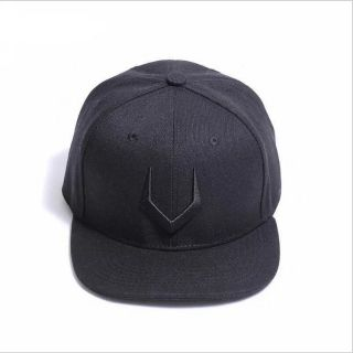 Mũ Snapback Sừng Trâu – Mũ Hip Hop