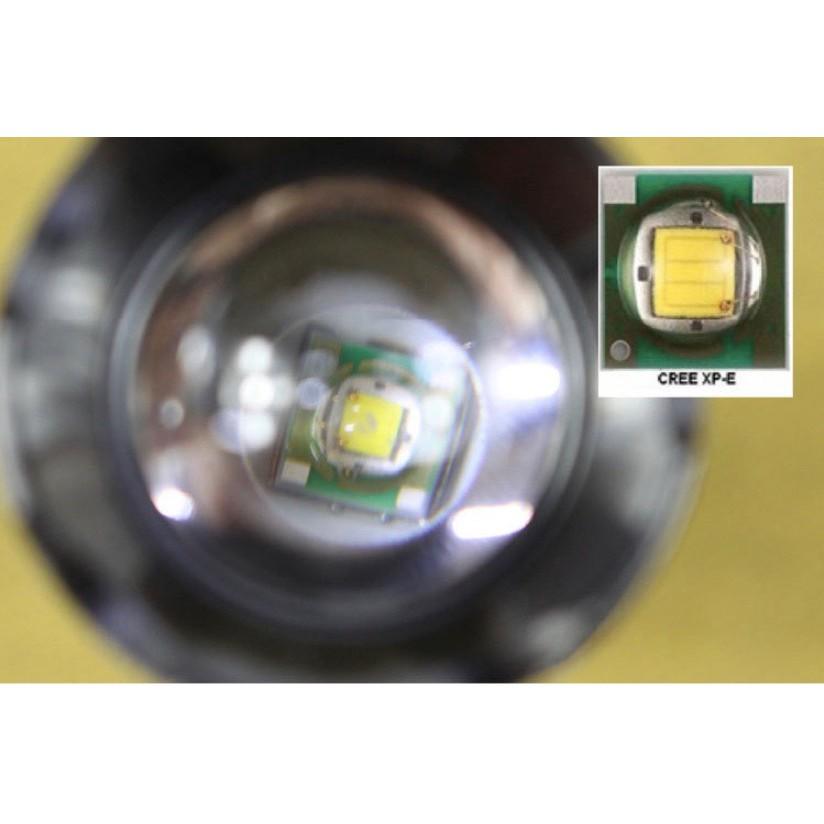 Đèn pin siêu sáng,  đèn pin ngoài trời, đèn pin sạc + Tặng kèm cục pin 2200 mah + Dây sạc , Bảo hành 1 năm