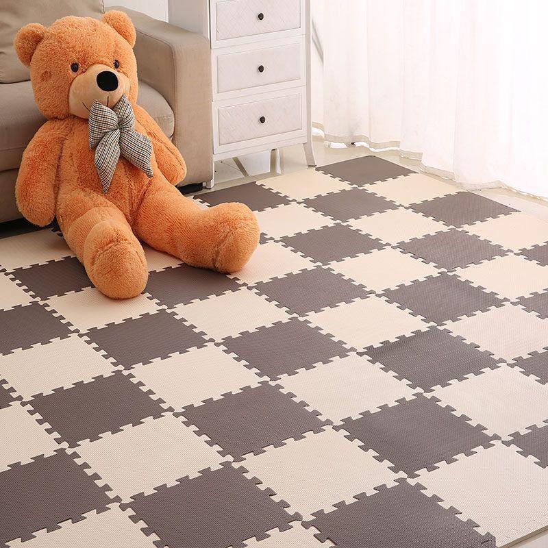 10 thảm lót sàn 31x31 ko mùi màu nâu kem