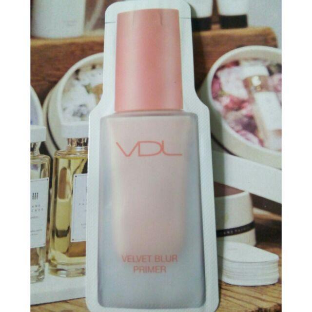 kem trang điểm siêu đẹp sáng hồng căng bóng kiềm dầu sample velvet primer