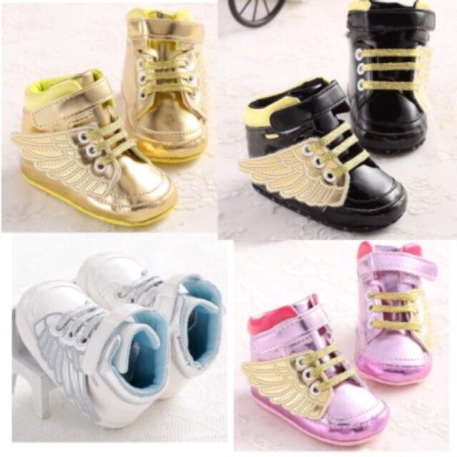 Giày tập đi thể thao có cánh cho bé trai và bé gái - 3405487 , 1004023704 , 322_1004023704 , 150000 , Giay-tap-di-the-thao-co-canh-cho-be-trai-va-be-gai-322_1004023704 , shopee.vn , Giày tập đi thể thao có cánh cho bé trai và bé gái