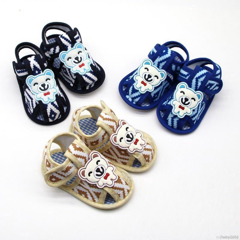 Giày sandal hình gấu đế mềm cho bé trai và bé gái sơ sinh