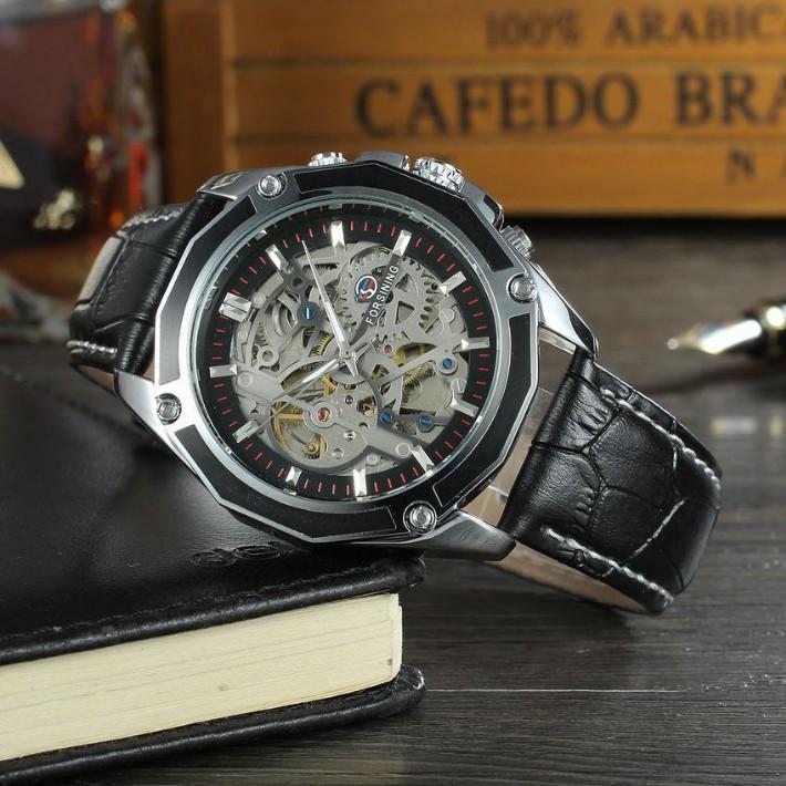 Đồng hồ cơ nam Forsining 1030 lộ máy dây da (Mặt đen viền vàng)