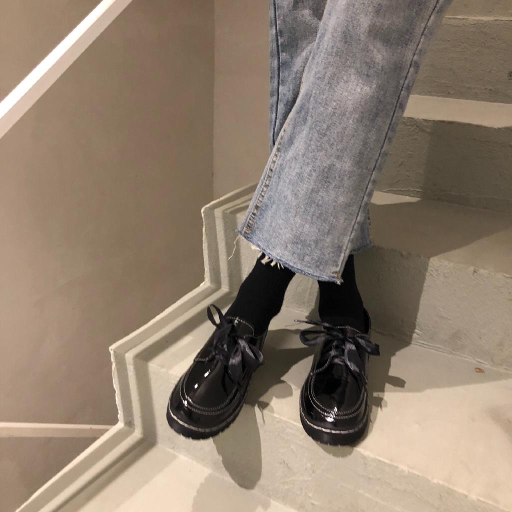 Giày da nữ kiểu dáng retro phong cách Hàn Quốc